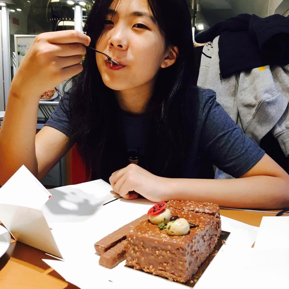 姐姐玩天下 | 13歲生日快樂!德鐵火車上吃生日蛋糕