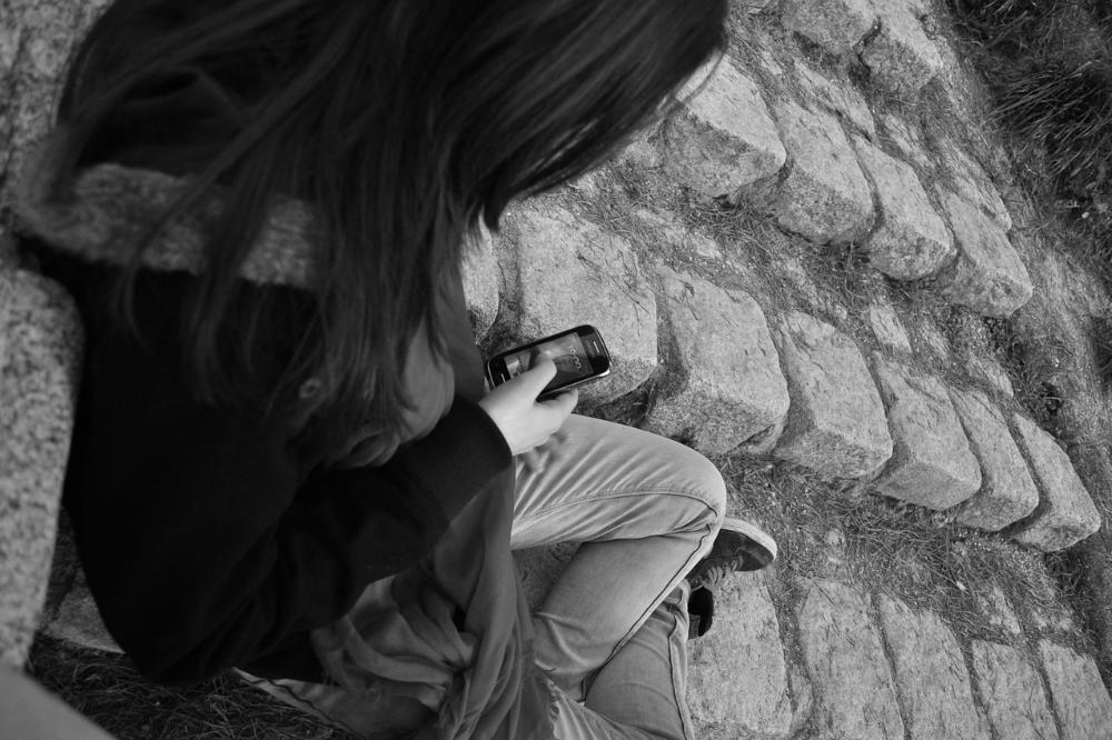 家有青少年 | 手機萬惡?能不能「自我管理」才是重點!