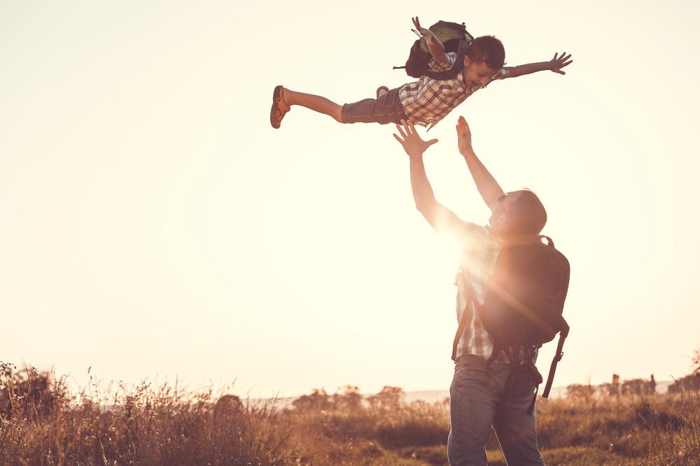 凱若媽咪|肯定、尊重、守護。給孩子自己面對人生課題的勇氣。