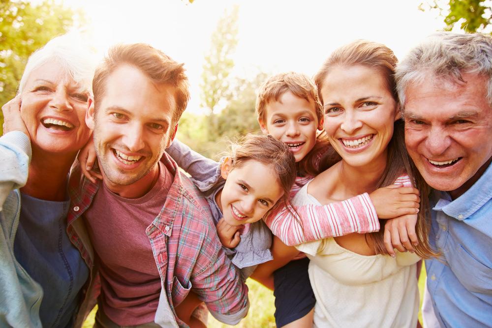 凱若媽咪|先談愛,再談教養。對孩子表達愛,千萬別隨著他們長大而停止