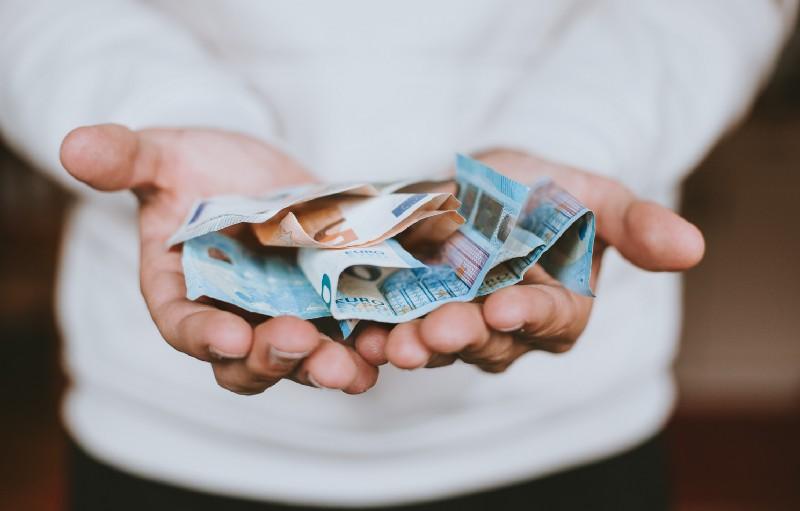 如果每人每月都能領一萬五新台幣 -【1號課堂】聽朱家安講述《基本收入》